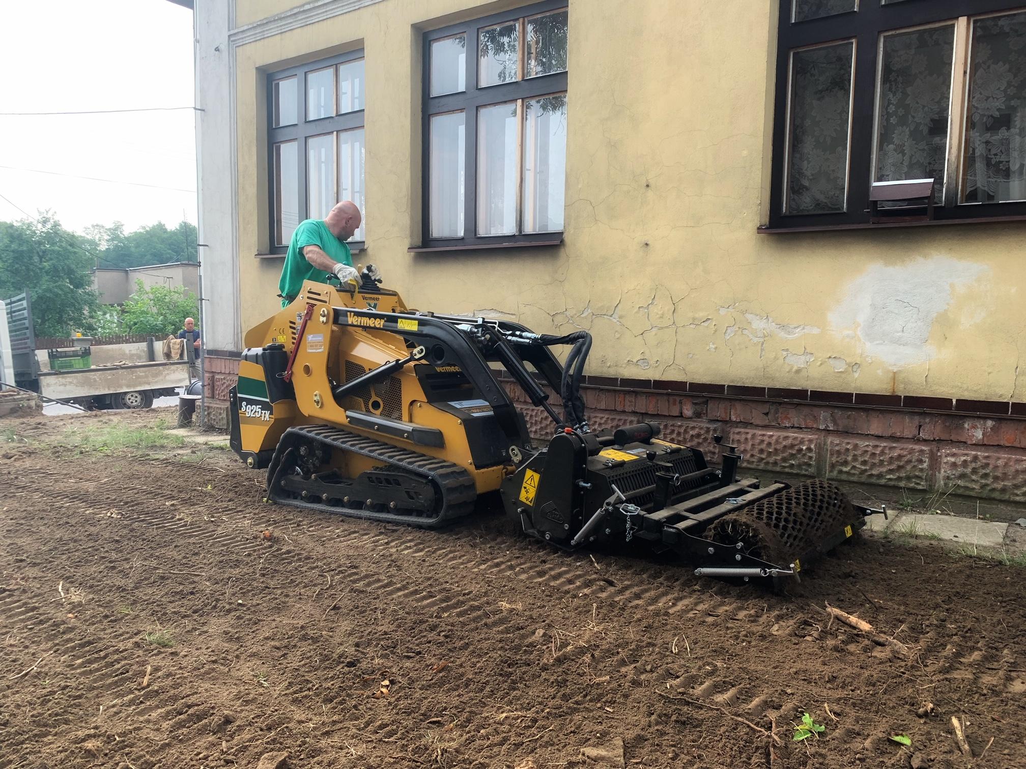 Nový stroj Vermeer S925TX