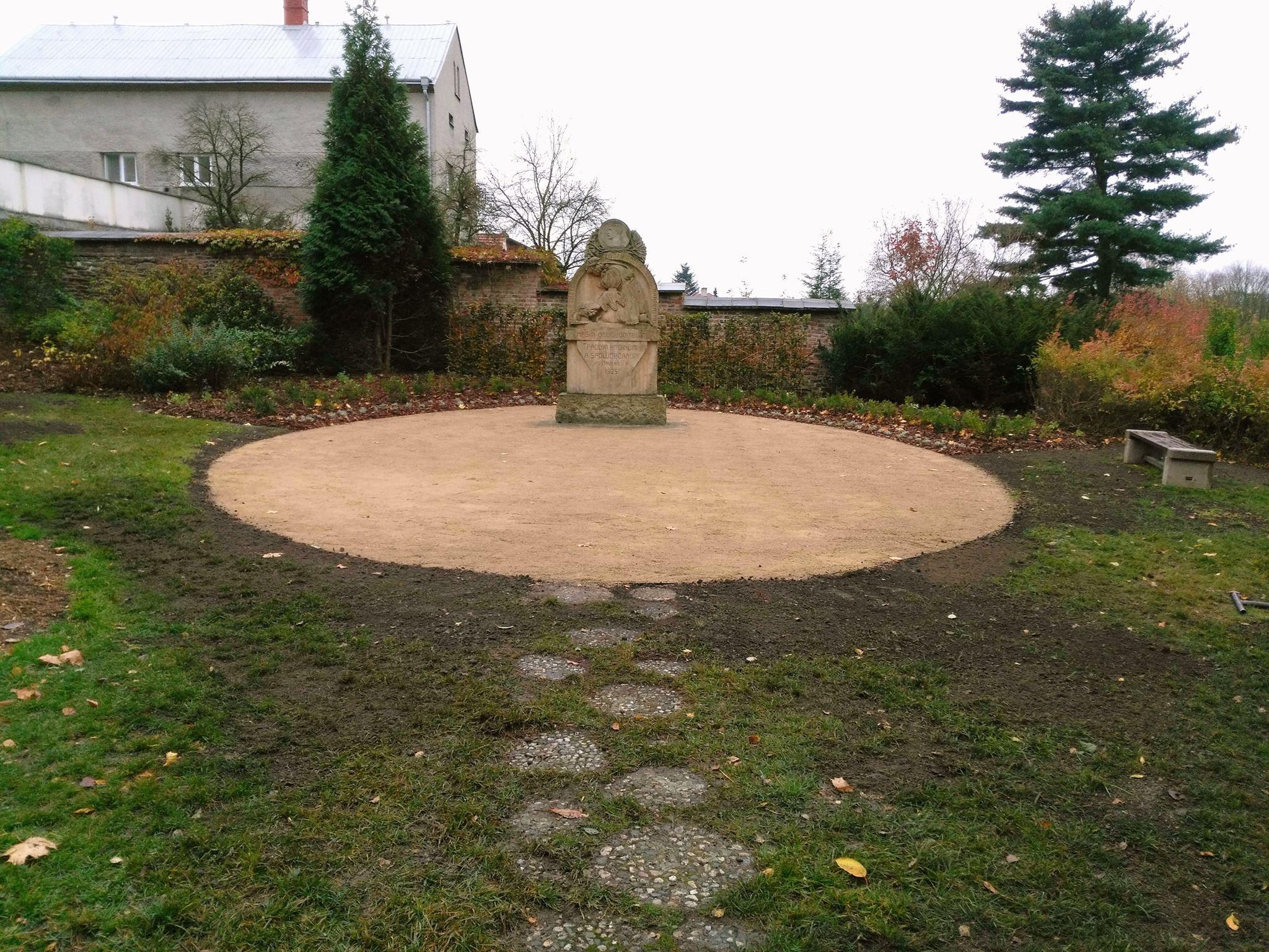 Úprava okolí památníků 1. světové války v Klimkovicích